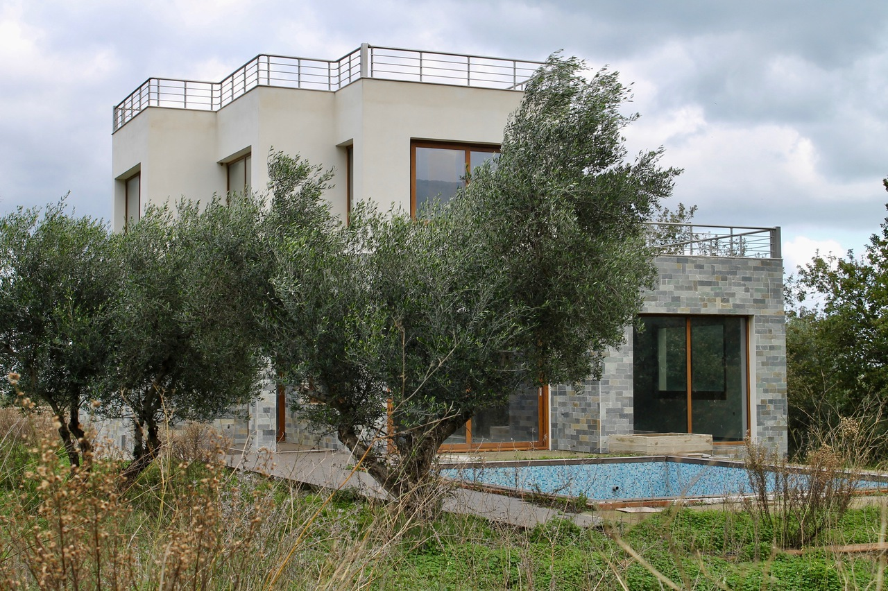 For Sale Villa near Lake Kournas with the sea view. - Chania